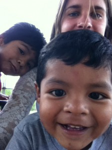 Alarico, Cristian, and Tía Georgia