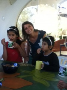 Snacktime--galletas and chocolate milk